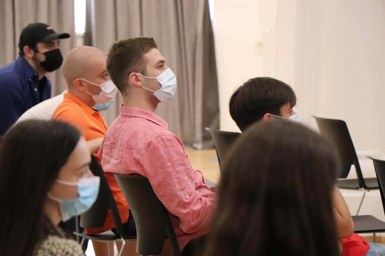 CSB-ის სკოლის ადმინისტრაციის შეხვედრა მესამე კურსის სტუდენტებთან